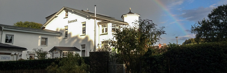 Villa Sonneneck mit Regenbogen